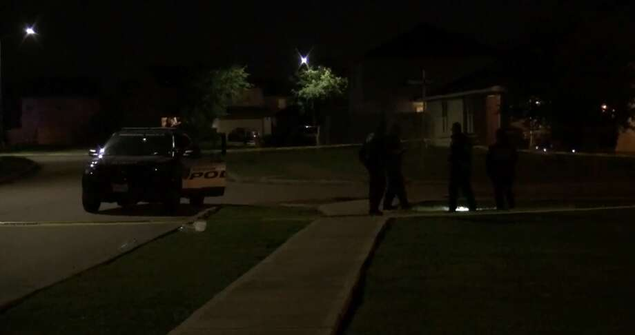 One man was shot in the face on Regal Oaks Bend Lane in southwest Houston on Saturday, April 14, 2018. He was attempting to escape after someone attempted to carjack him. Photo: Metro Video