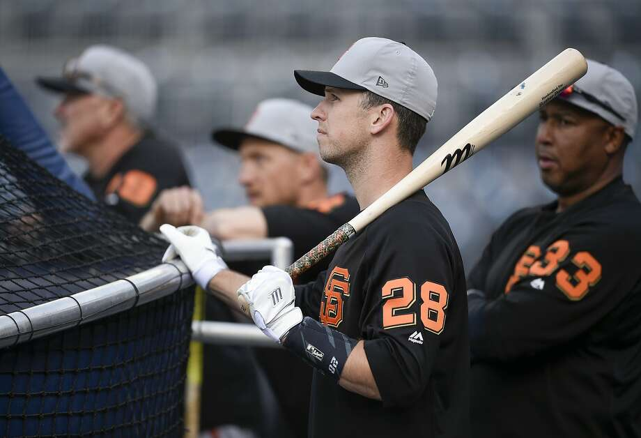 San Francisco Giants' Buster Posey warms up during batting practice prior to a baseball game against the San Diego Padres in San Diego, Thursday, April 12, 2018. (AP Photo/Kelvin Kuo) Photo: Kelvin Kuo / Associated Press