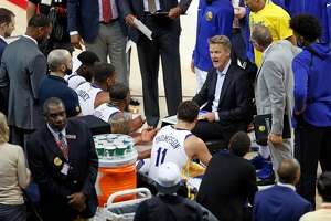 Golden State Warriors' head coach Steve Kerr talks to his team in 3rd quarter during Warriors' 113-92 win over San Antonio Spurs in Game 1 of NBA Western Conference First Round playoff game at Oracle Arena in Oakland, Calif., on Saturday, April 14, 2018.