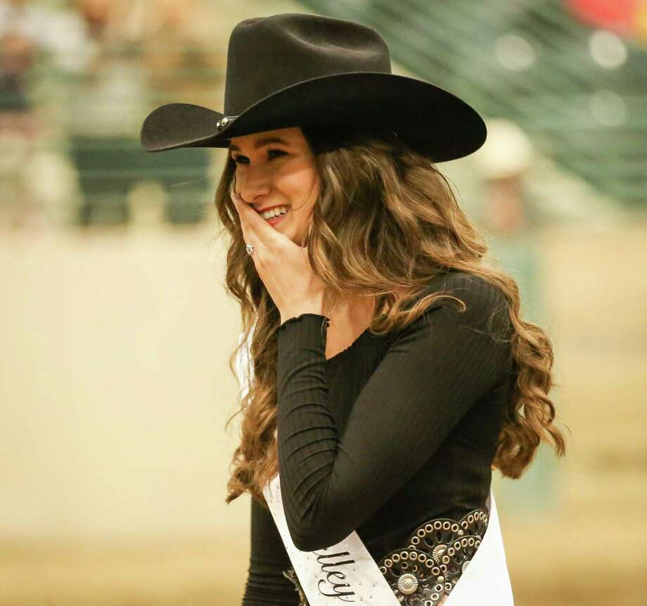 Kelley Anne Roland reacts to being named Montgomery County Fair Queen during the crowning ceremony on Saturday at the Montgomery County Fairgrounds. Photo: Michael Minasi, Staff Photographer / © 2018 Houston Chronicle