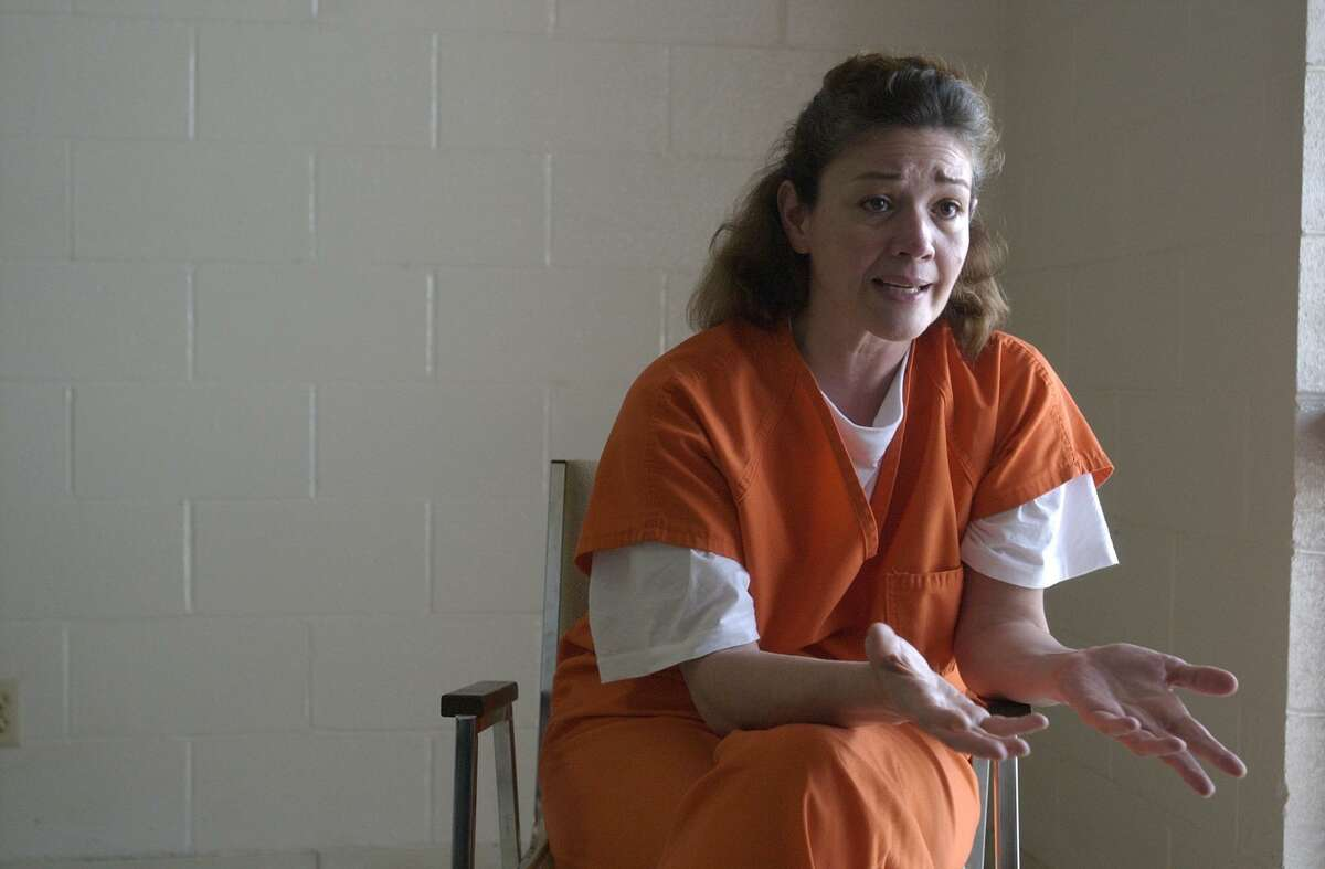 Clara Harris speaks to a reporter during her stay at the Brazoria County Detention Center on May 19, 2003.