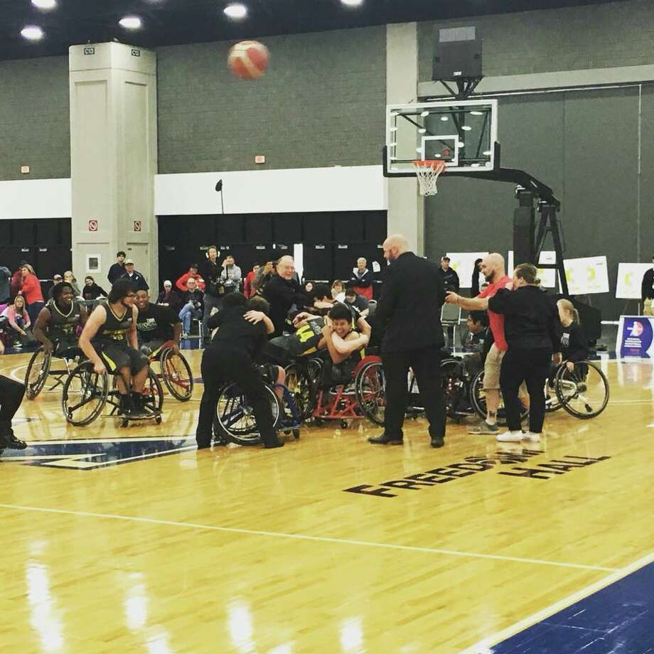 The TIRR Memorial Hermann Hotwheels defeated the Blazesports Jr. Hawks in Louisville, Kentucky this weekend, 62-56. Photo from the National Wheelchair Basketball Association.