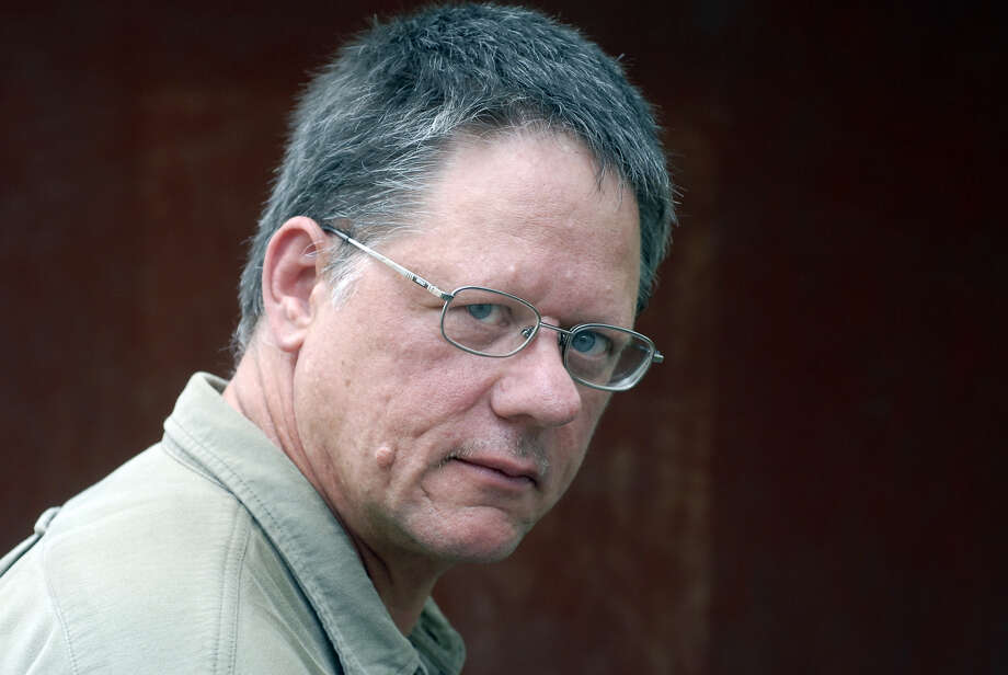 "William T. Vollmann's ""No Immediate Danger,"" about climate change and energy production, is addressed to readers of the future. Photo: Ulf Andersen / Getty Images"