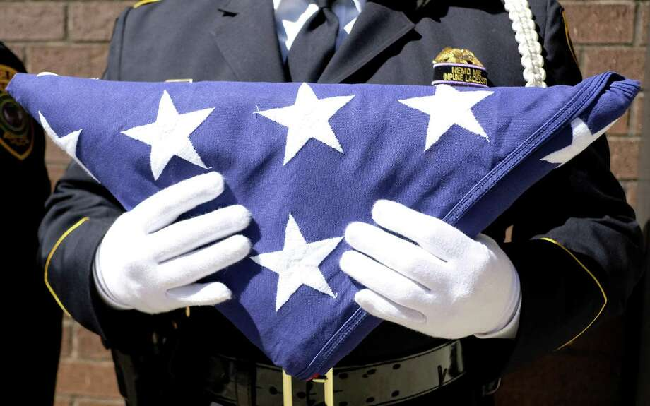 More police died by suicide than in the line of duty in 2017, according to a recent study. Photo: Elizabeth Conley, Chronicle / Houston Chronicle / © 2018 Houston Chronicle