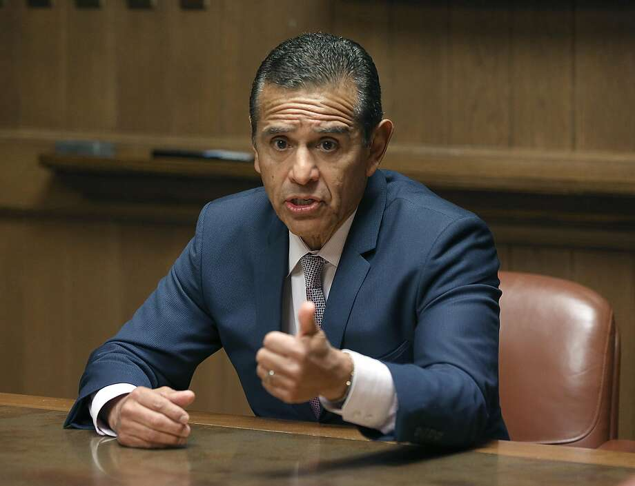 Antonio Villaraigosa, candidate for California governor, has a new ad highlighting his background. Photo: Liz Hafalia / The Chronicle