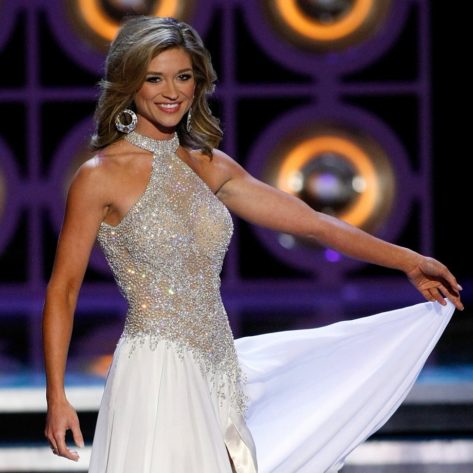 Brittany Jeffers, Miss Nebraska, competes in a preliminary evening gown competition for the 2010 Miss America Pageant at the Planet Hollywood Resort & Casino January 27, 2010 in Las Vegas, Nevada. The pageant will be held at the resort on January 30, 2010. Photo: Ethan Miller/Getty Images