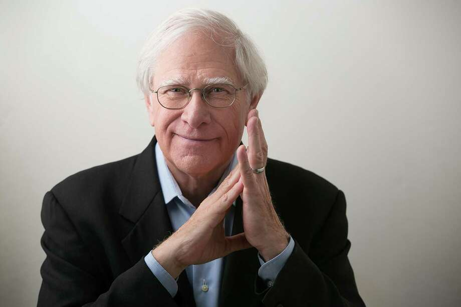 Through dialogue, John Sandford creates characters in this thrillers that readers look for book after book. Photo: Beowulf Sheehan /Courtesy / Stratford Booster Club