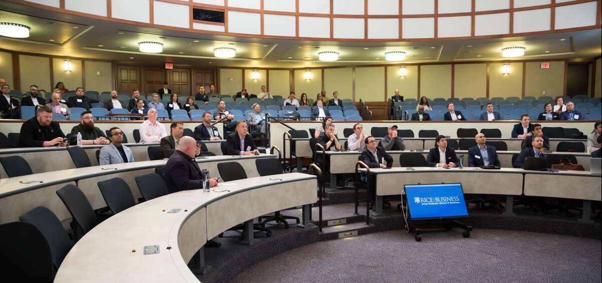Investors extended $550,000 to former military members competing in the 2018 Veterans Business Battle at Rice University.