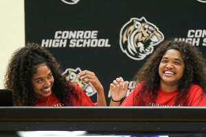 Jazzmin and Jznae Kim both sign to Louisiana Tech for track during the signing ceremony on Tuesday, April 17, 2018, at Conroe High School. (Michael Minasi / Houston Chronicle)