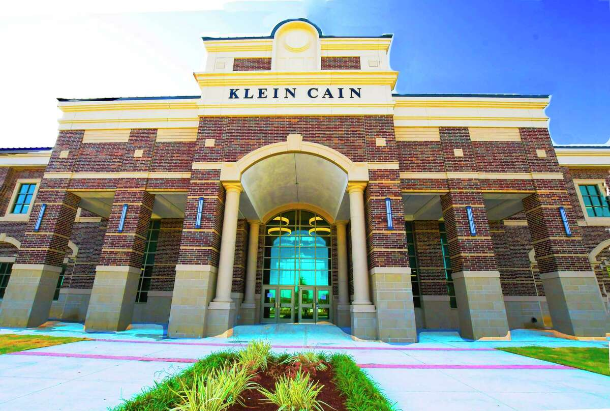 Klein ISD announced Thursday, June 25, that the Nutrition & Food Services department has been granted permission from the Texas Department of Agriculture to extend the serving of free multi-day meal kits through July 30 at all curbside hubs including Klein Cain High School.