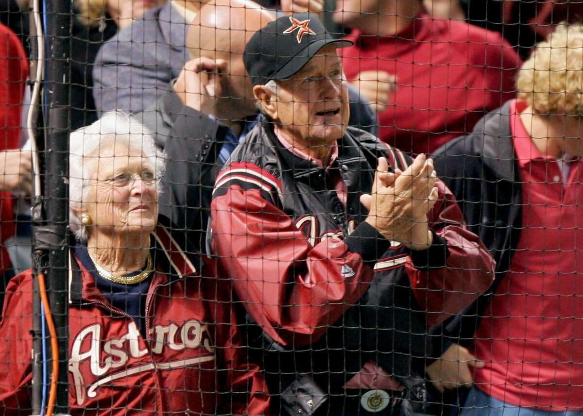 HOUSTON - OCTOBER 26: Former President of the United States George Bush Sr. and wife Barbara Bush attend Game Four of the 2005 Major League Baseball World Series between the Chicago White Sox and the Houston Astros at Minute Maid Park on October 26, 2005 in Houston, Texas. (Photo by Jed Jacobsohn/Getty Images)