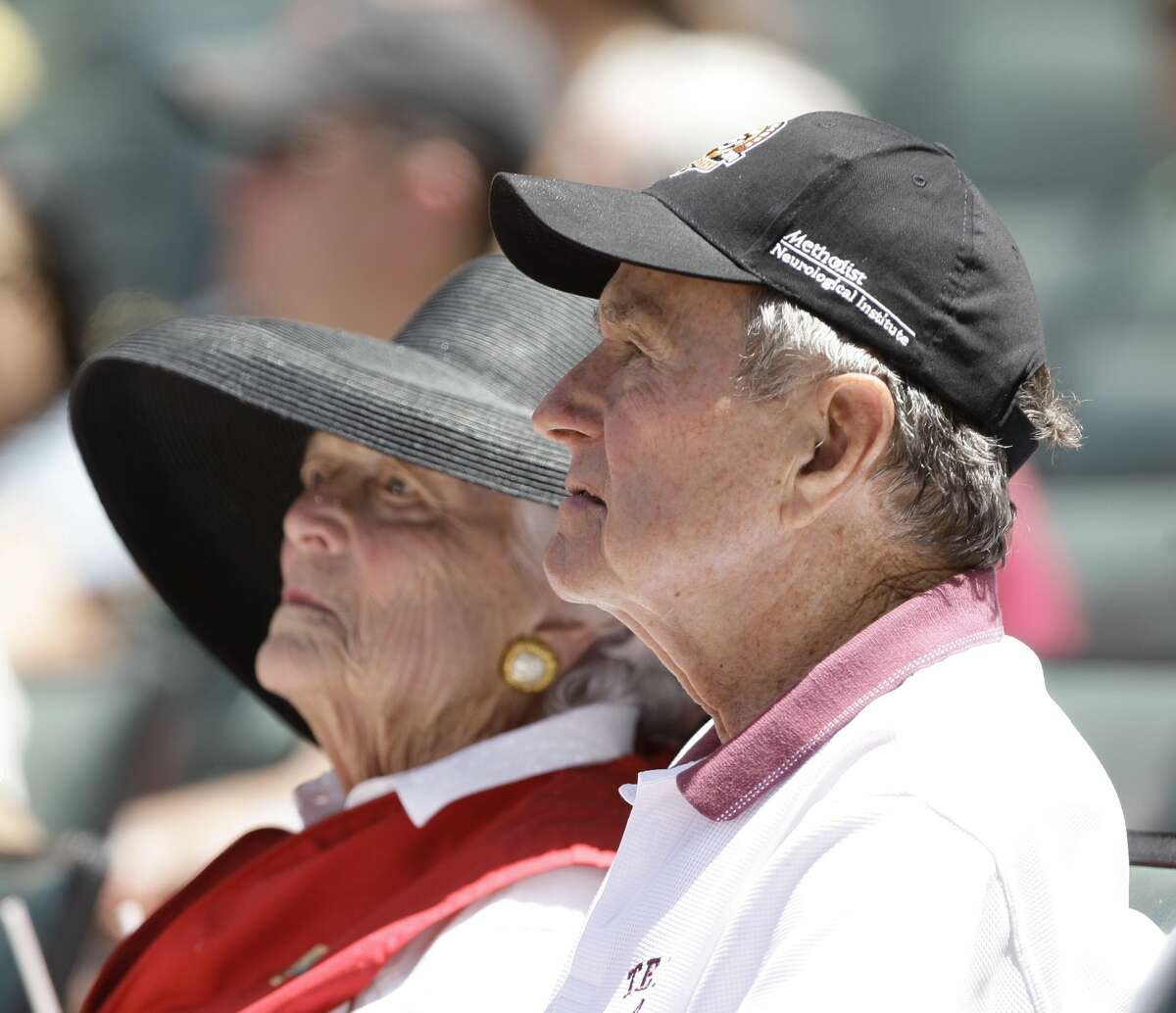 HOUSTON - APRIL 25: Former President George H.W. Bush and Barbara Bush attend a baseball game between the Pittsburgh Pirates and the Houston Astros at Minute Maid Park on April 25, 2010 in Houston, Texas. (Photo by Bob Levey/Getty Images)