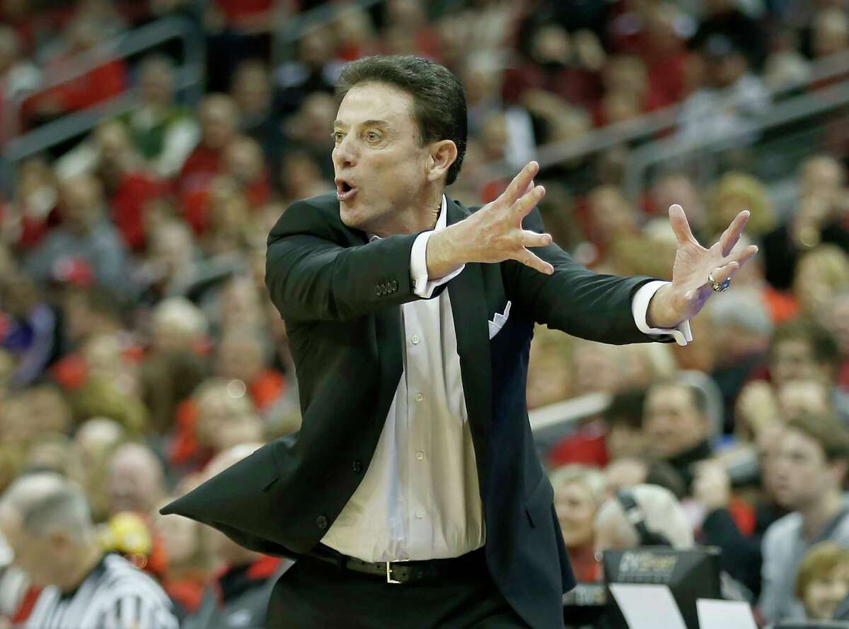LOUISVILLE, KY - DECEMBER 19: Head coach Rick Pitino of the Louisville Cardinals reacts to a call during the first half against the Western Kentucky Hilltoppers at KFC YUM! Center on December 19, 2015 in Louisville, Kentucky. (Photo by Dylan Buell/Getty Images) ORG XMIT: 585819505