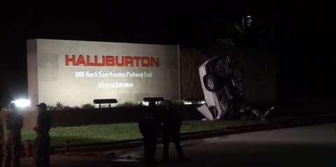 Man dies in wreck near Bush Intercontinental Airport - Houston Chronicle