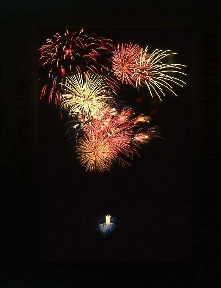 Daffodil Festival fireworks explode above Castle Craig and Hubbard Park. Photo: Ernie Larsen / Contributed Photo