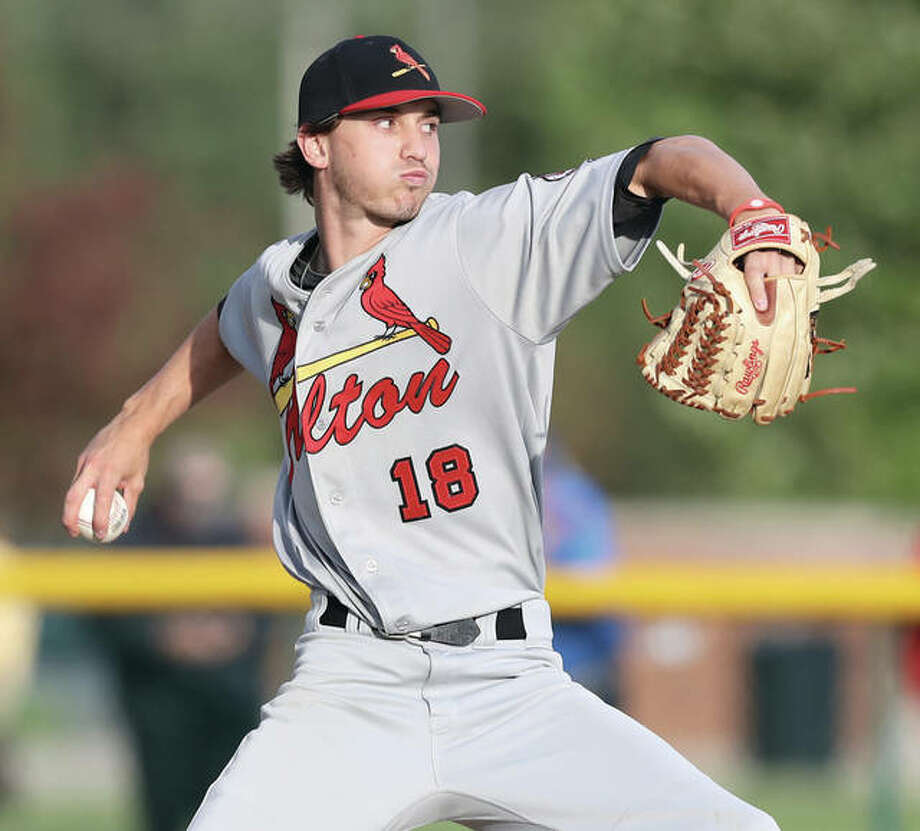 Alton's Charlie Erler, shown during a Class 4A regional semifinal last season at Edwardsville, tossed a two-hitter Tuesday to lead the Redbirds to a 2-1 Southwestern Conference victory over the Belleville West Maroons in Belleville. Photo: 
