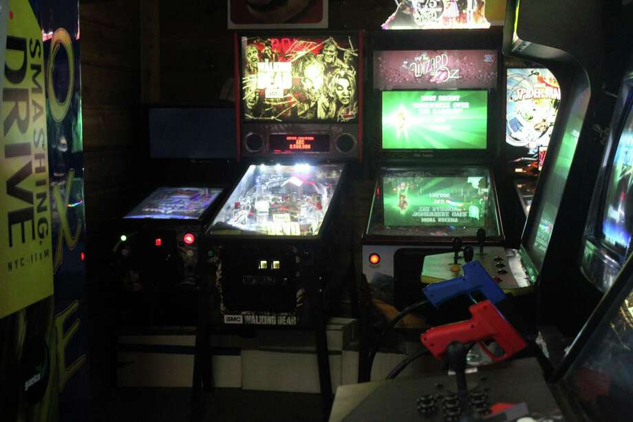 Kingwood arcade offers vintage gaming experience - Houston