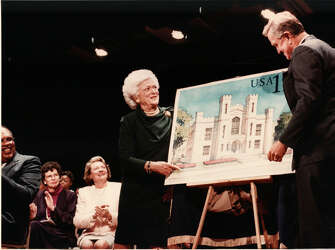From the archive: Barbara and George Bush visited Yale again