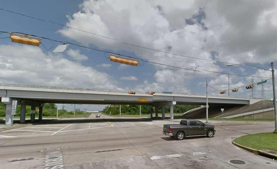 PasadenaBeltway 8 at Greenshadow Drive Photo: Google Earth