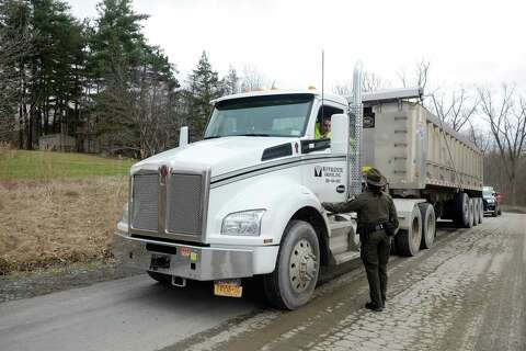 DEC checks trash trucks heading into Dunn dump in Rensselaer