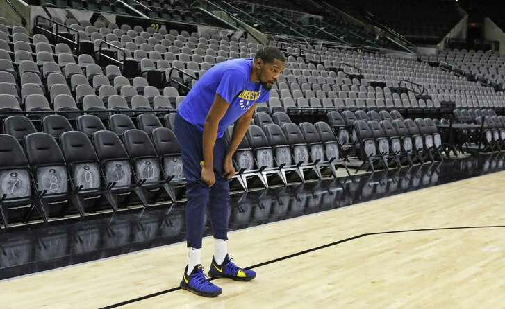 Kevin Durant #35 of the Golden State Warriors takes a break during practice. Golden State Warriors practice at the AT&T Center on Wednesday, April 18 ,2018.