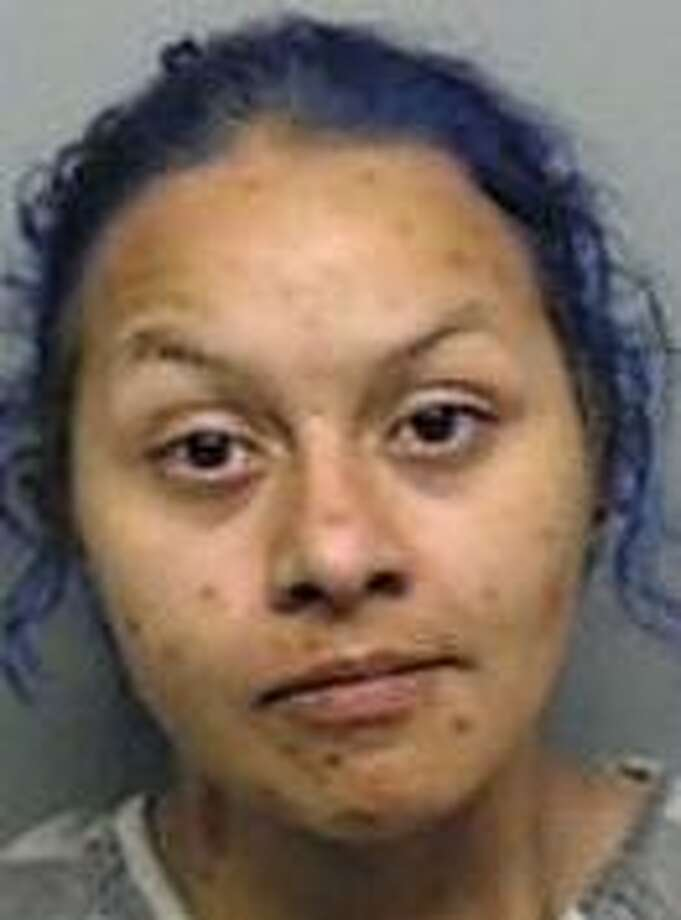 Yanira Vasquez, 27, was charged with robbery early Wednesday. Photo: Webb County Sheriff's Office