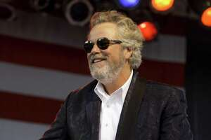 Singer-songwriter Robert Earl Keen