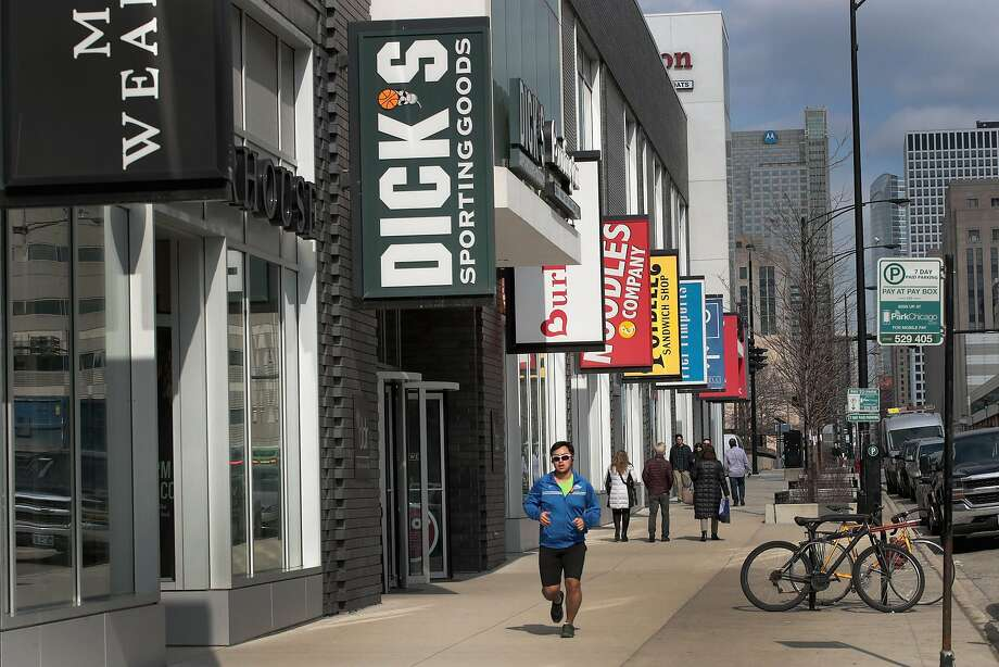 Dick's Sporting Goods had already agreed after the Florida mass shooting to ban the sale of assault-style rifles at its 35 Field & Stream stores. Photo: Scott Olson / Getty Images