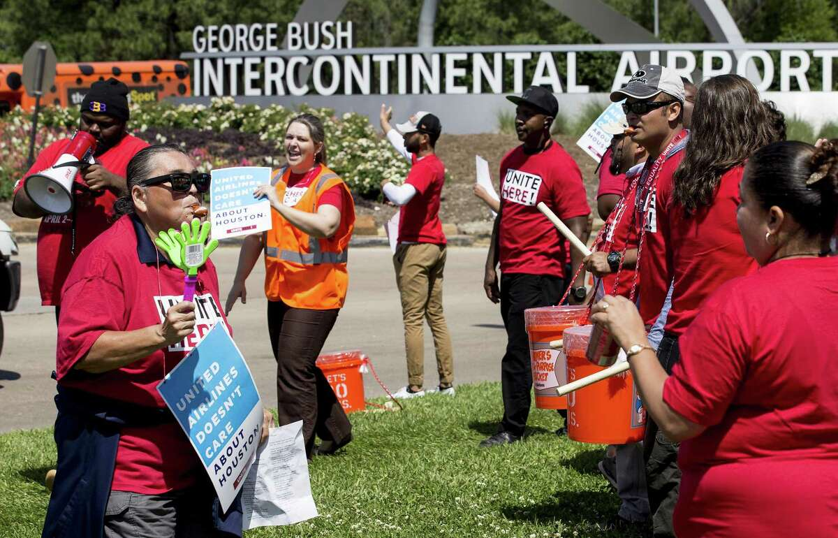 United Airlines catering workers gather along JFK at Greens Road as they demonstrate to unionize on Thursday, April 19, 2018, in Houston. The food service workers are trying to join a union and getting pushback from the airline. ( Brett Coomer / Houston Chronicle ) Keep going to see planes that fly over Houston.