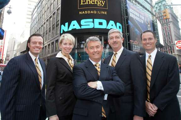 Linn Energy CFO Kolja Rockov, Senior Vice President and  General Counsel Charlene Ripley, Chairman, President & CEO Mark Ellis, COO Arden Walker, and Senior Vice President of Business Development David Rottino celebrated Linn s fifth anniversary as a publicly traded company by ringing the Nasdaq closing bell in April 2011. Several local unitholders joined them for the event, and they all wore ties with Linn colors.