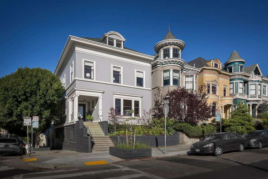 701 Scott St. in Alamo Square is a six-bedroom corner house designed by architect Julius Krafft and completed in 1901. Photo: Jacob Elliott