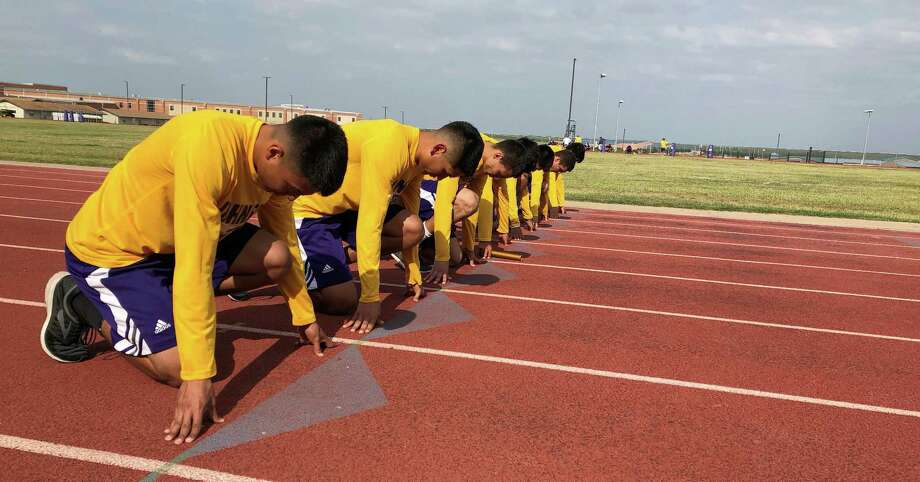 The LBJ 4x100-meter and 4x200-meter relay teams compete in the 29/30 6A Area meet Friday in La Joya as they attempt to advance to the regional meet for the second straight season. Photo: Christian Alejandro Ocampo /Laredo Morning Times / Laredo Morning Times