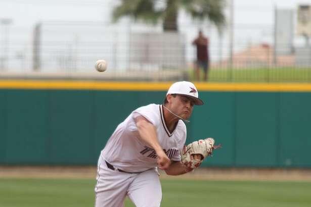 TAMIU pitcher Ruben Solis