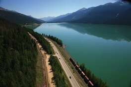 Completed in 2008, Trans MountainÕs Anchor Loop project involved installing a second pipeline adjacent to the existing Trans Mountain pipeline Ñ a 158-kilometre section of the existing Trans Mountain system between Hinton, Alberta and Hargreaves, BC, just west of Mount Robson Provincial Park.