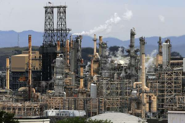 The Phillips 66 refinery in Rodeo, Calif., on Wed. April 18, 2018.