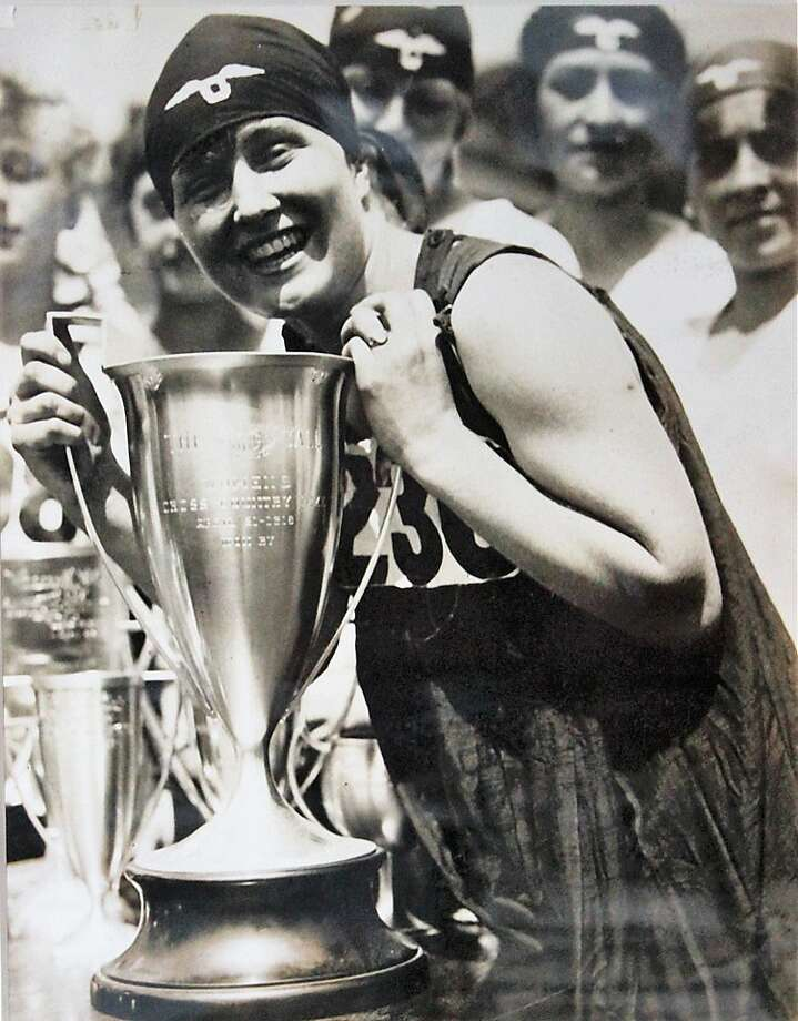 """Edith Hickman of San Francisco wins the first women's Dipsea race — then called a """"hike"""" — on April 21, 1918. Photo: Courtesy Dipsea Race"""