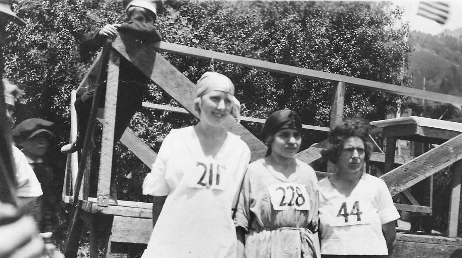 """These runners were among the first women to participate in the Dipsea women's """"hike,"""" which was held between 1918 and 1922. Photo: Courtesy Dipsea Race"""