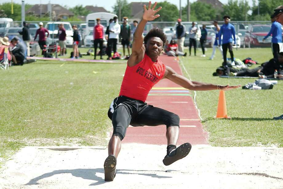 Clear Brook's John'Te Horace participates in the long jump competition at the  23-6A and 24-6A track meet at Pearland High School. Photo: Kirk Sides / © 2018 Kirk Sides / Houston Chronicle
