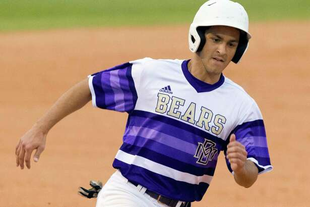 Tyler Brakefield #4 of Montgomery is waved home to score on a throwing error in the fourth inning of a high school baseball game during the Montgomery-Brenham Tournament, Saturday, March 3, 2018, in Montgomery.