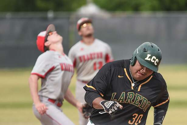LCC lost a pair of games to open a four-game series at home with Wharton County Junior College Friday night falling 4-3 and 4-1. Palominos first baseman Mando Lopez was 2-for-3 with three RBIs, a double, a walk and a stolen base in Game 1.