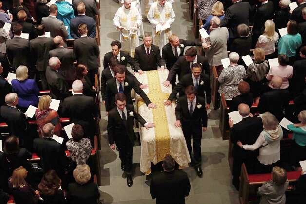 The recessional during the funeral for former First Lady Barbara Bush at St. Martin's Episcopal Church on Saturday, April 21, 2018, in Houston. Photo: Brett Coomer, Houston Chronicle / © 2018 Houston Chronicle