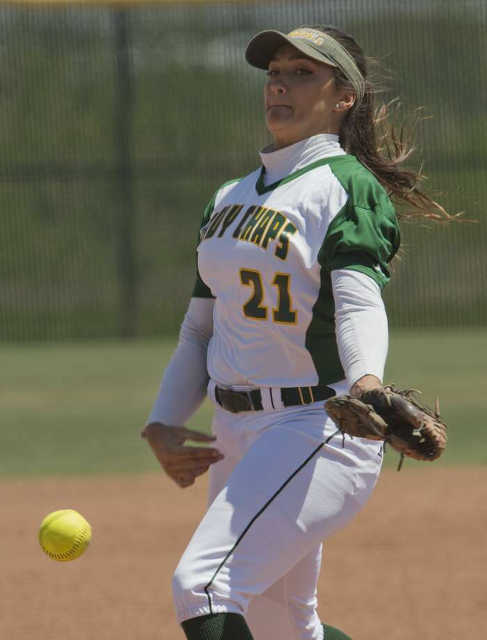 Midland College starting pitcher Crystine Kistner delivers a pitch against Howard College 04/21/18 in the first game of a double header at MC softball field. Tim Fischer/Reporter-Telegram Photo: Tim Fischer/Midland Reporter-Telegram