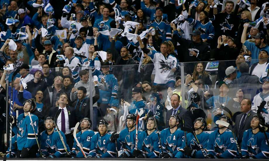 San Jose Sharks head coach Peter DeBoer is photographed with the bench during a break in the action in the first period of Game 4 on April 18, 2018. Photo: Josie Lepe, Special To The Chronicle