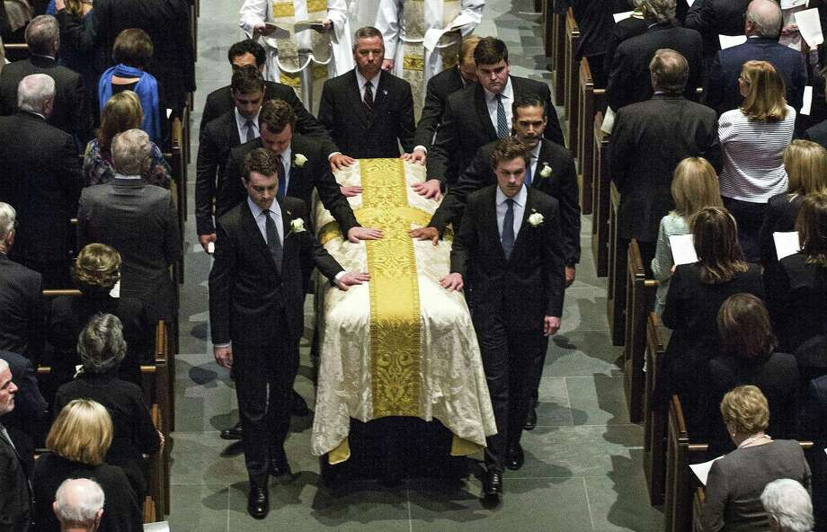 Pall bearers escort former first lady Barbara Bush's casklet from at St. Martin's Episcopal Church following her funeral on Saturday, April 21, 2018, in Houston. ( Brett Coomer / Houston Chronicle, POOL ) Photo: Brett Coomer, Staff / Houston Chronicle / © 2018 Houston Chronicle