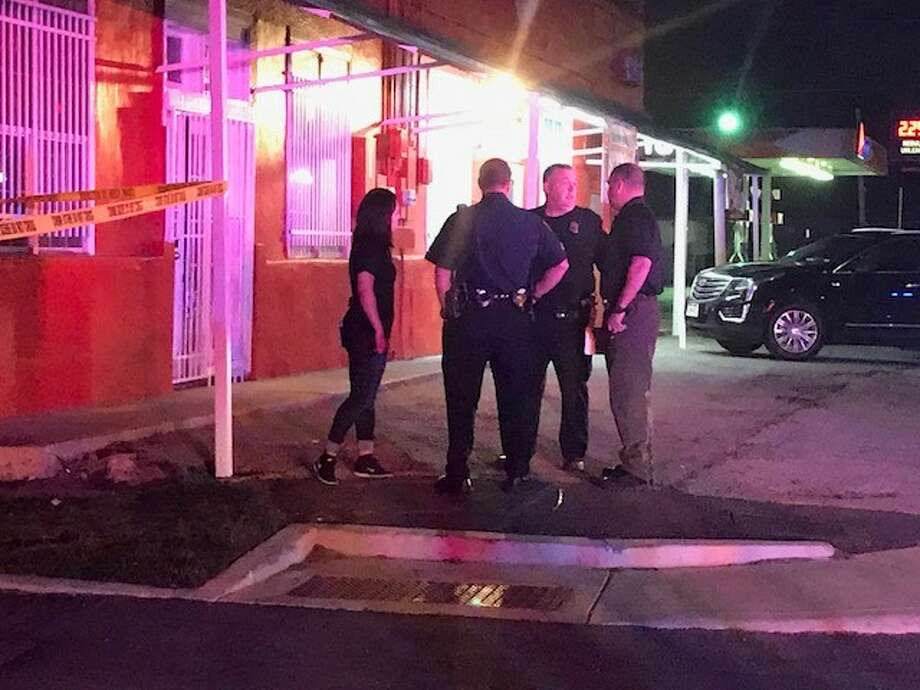 San Antonio police say officers found a body after hearing a gunshot near an East Side pizzeria Saturday night, April 21, 2018. Photo: Alex Luna