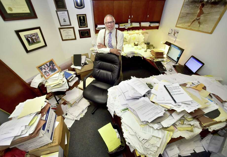 New Haven Public Defender Thomas Ullmann in his office in 2017. Photo: Peter Hvizdak / Hearst Connecticut Media / New Haven Register