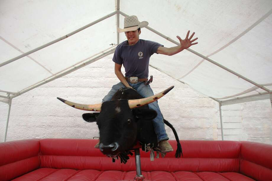 FILE — A country music bar with a mechanical bull is coming to San Francisco's Marina District. Photo: Vanesa Brashier, HCN