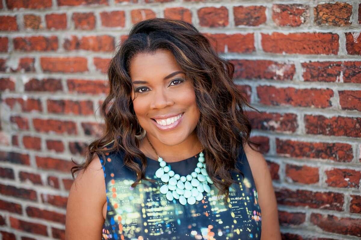 Danielle Belton (D. Finney Photography)