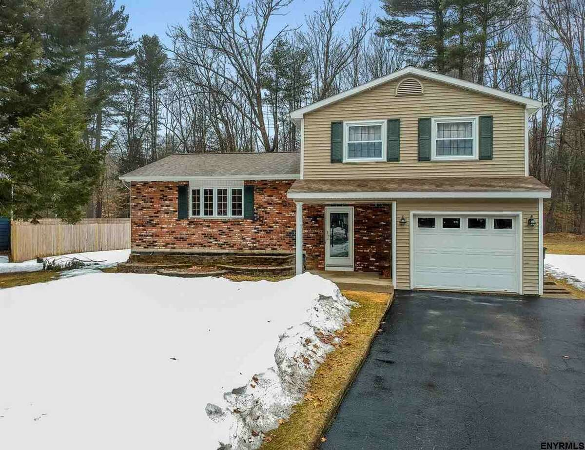 In the market for real estate? Click through the slideshow of some Capital Region homes for sale for under $300,000.  $299,900. 8 Evergreen Dr., Wilton, NY 12831. View listing.