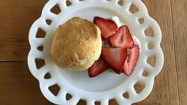 Lemony Berry Ice Cream Biscuits